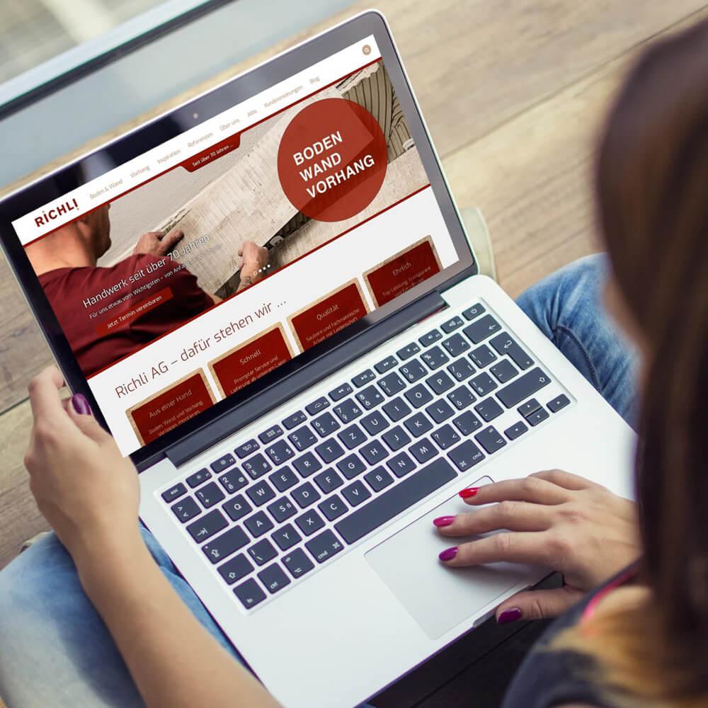 Homepage Richli Parkett als Kundenreferenz von Bacher PrePress
