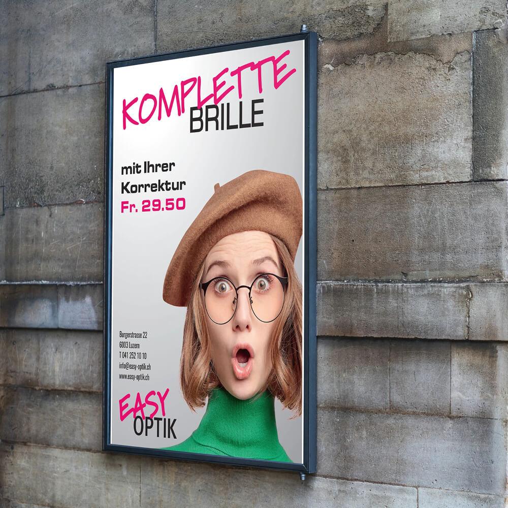 Plakat Easy Optik Luzern als Kundenreferenz von Bacher PrePress